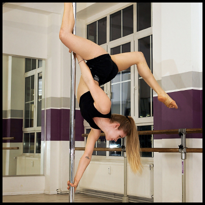 Pole dance course for birthday